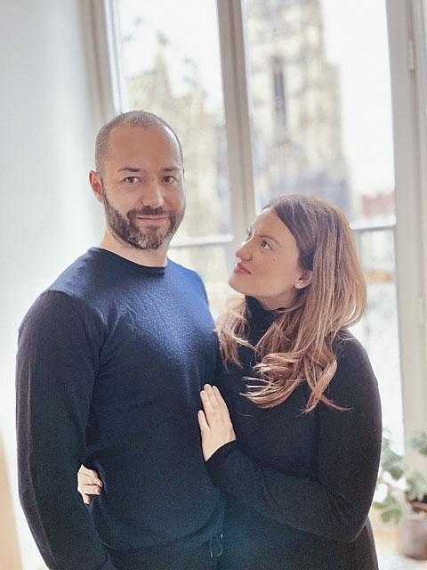 Mit 20 Jahre Erfahrung und Kompetenz begrüßen Sascha Schernthaner mit seiner Frau Cristina Pompeo unsere KundInnen